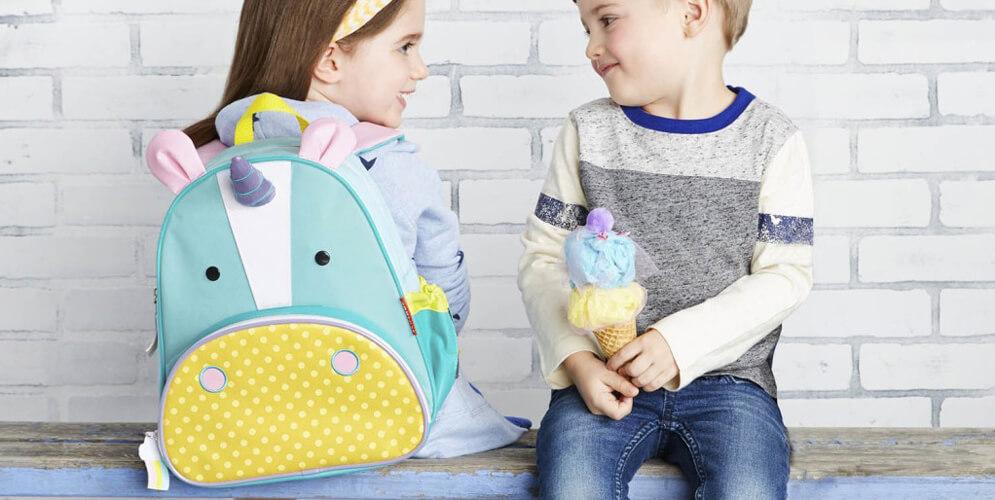blogue agatha, les aventures de Rafie et la licorne, sac à dos pour enfants, sac à dos skip hop licorne